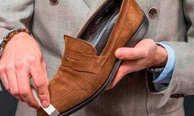 b0f9a9b54 Стильная пара обуви из качественной замши является объектом желания многих  людей, обладающих хорошим вкусом. Но это натуральный материал достаточно ...